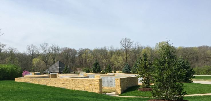 National Cemetery: Approaching the columbaria section