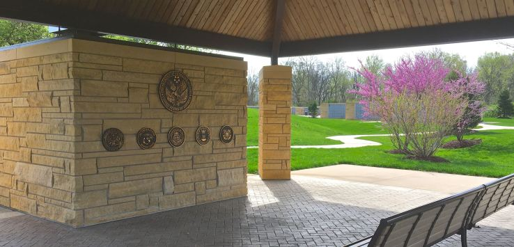 National Cemetery: Shelter near columbaria