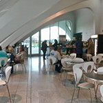Milwaukee Art Museum: Off the main entry, visitors can pause at the Windhover Cafe for coffee and views of Lake Michigan. (Photo credit: Suzanne Ball. All rights reserved.)