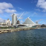 Milwaukee Art Museum: View from Discovery World, which shares Lake Michigan shoreline with MOM. (Photo credit: Suzanne Ball. All rights reserved.)