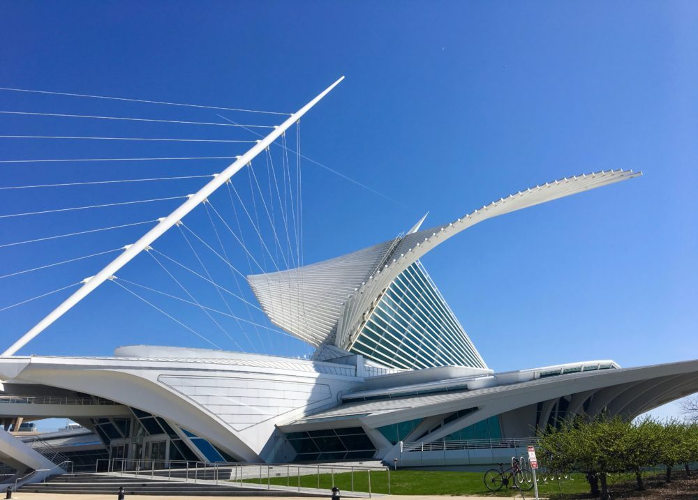 "U.S. Destinations: Milwaukee Art Museum: With ""wings"" open, MAM soars. The Reiman Bridge supports the weight of the building with cables. (Photo credit: Suzanne Ball. All rights reserved.)"