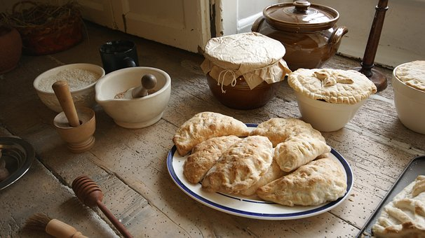Pasties: In Michigan's Upper Peninsula, nearly every town has a pasty shop. (Photo credit: Pixabay)