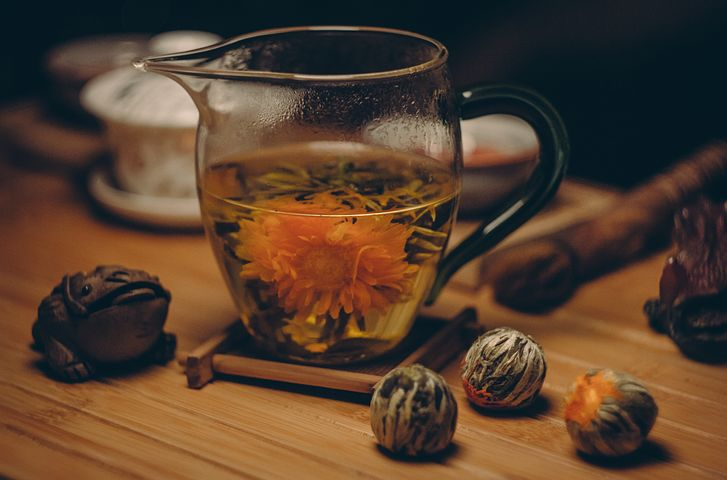 Tea for travelers: Find the local favorite, too! Bring your mug and drink what everyone else does at your destination. Cheers!
