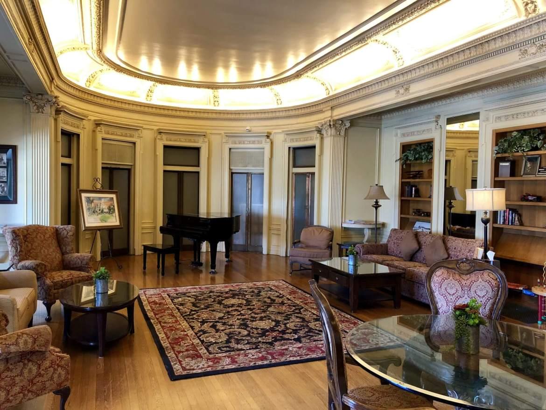 glorietta bay inn www.travelsofjenna.com/glorietta-bay-inn