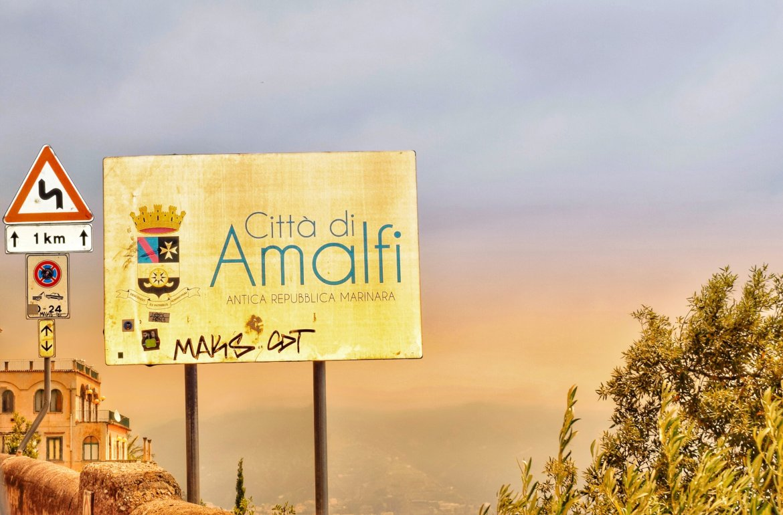 City of Amalfi welcome sign