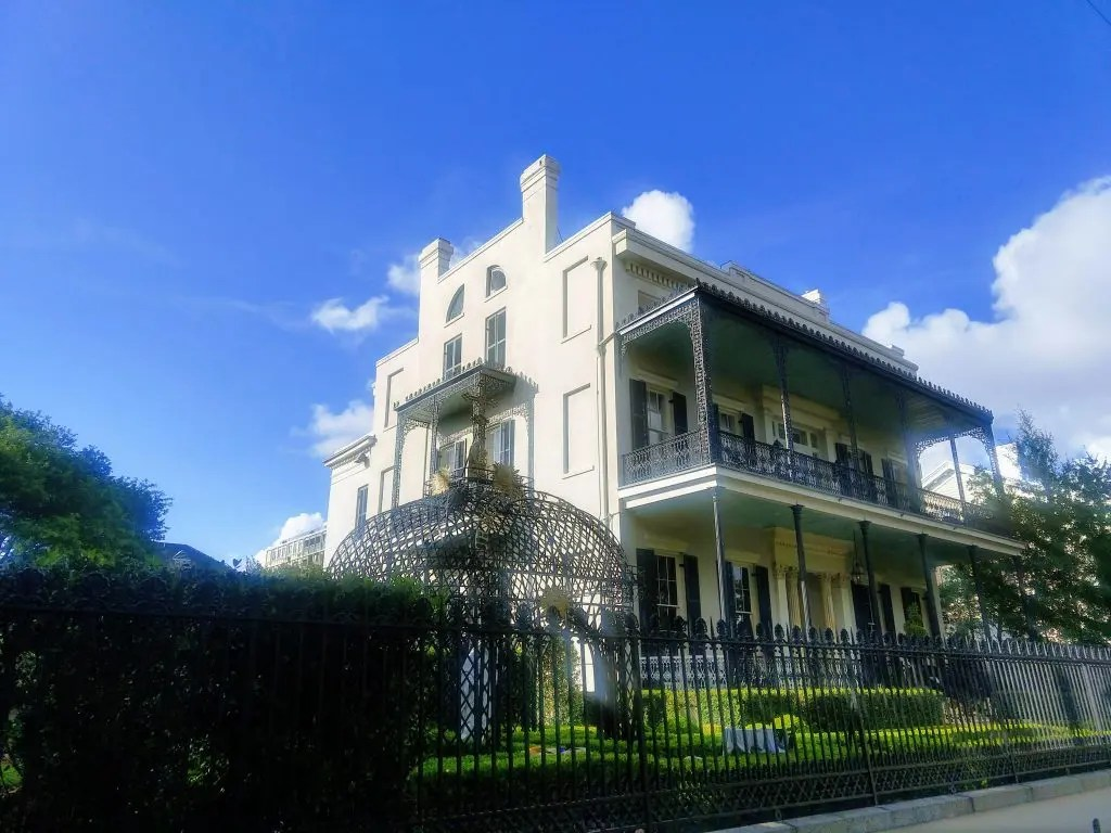 Former house of Nicholas Cage in the Garden District of New Orleans.