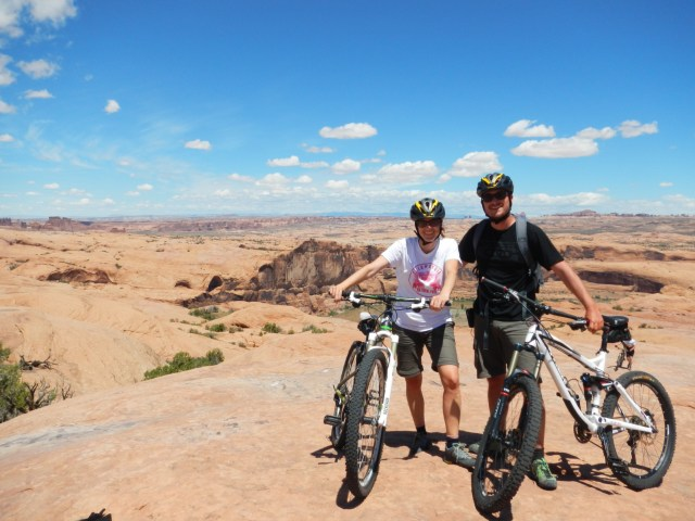 Arches NP – Canyonlands (Island in the Sky) – Moab (Mountain-Biken auf dem Slickrock-Trail)