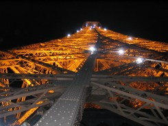 Eiffel Tower light show