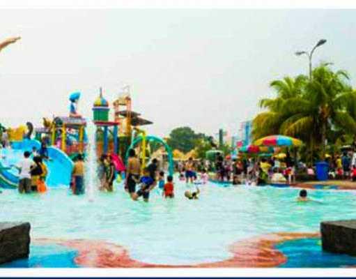 Promo Depok Fantasi Waterpark salah satu tempat rekerasi keluarga yang bertemakan wahana permainan air. Menawarkan berbagai permainan menarik yang cocok baik untuk anak-anak dan juga dewasa. Berikut informasi Harga Tiket Masuk nya.