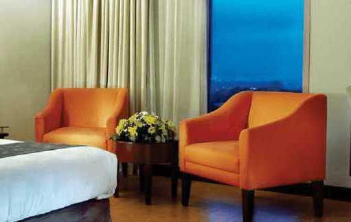 Promo hotel semarang dapatkan diskon hingga 57% dengan menggunakan kartu kredit.