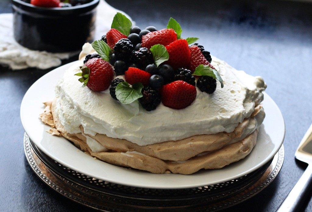 Torta Pavlova - piatti tipici della Nuova Zelanda