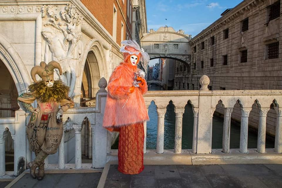 Gondolas, Masks and Costumes - Photos of The Venice Carnival