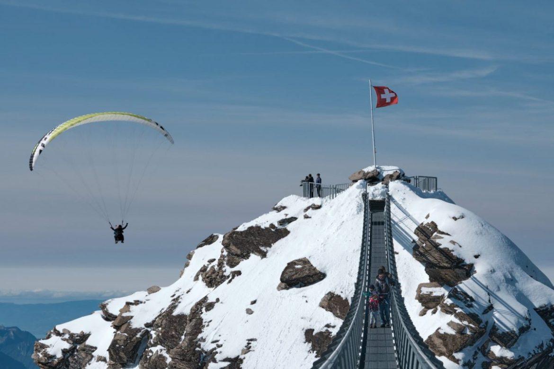 Paragliding Glacier 3000