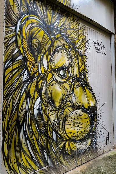 glasgow street art tour lion
