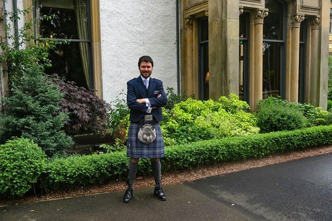 slaters kilts scotland travel blogger