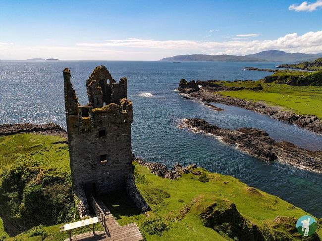 gylen castle best clifftop castles in scotland