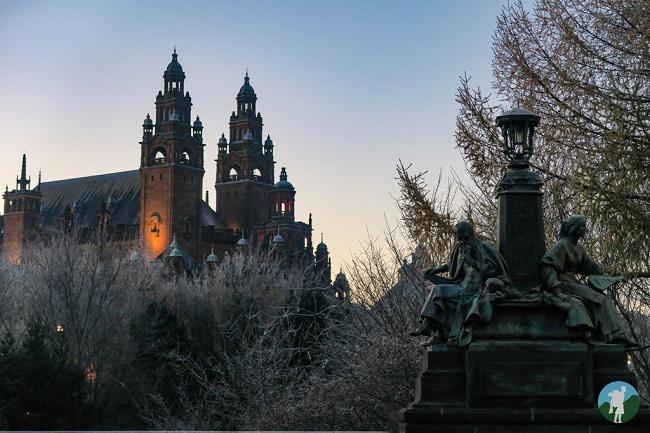 kelvingrove glasgow scotland frost