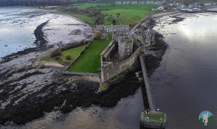 drone blackness castle
