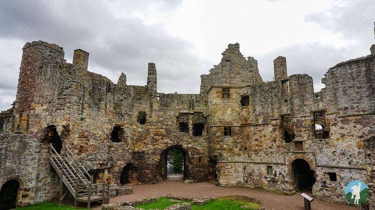 dirleton castle history