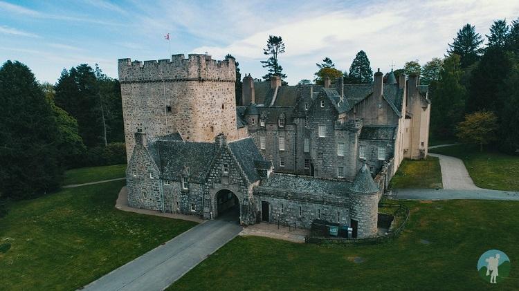 drum castle drone aberdeenshire