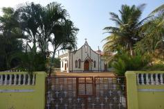 5.1452673167.the-little-chapel