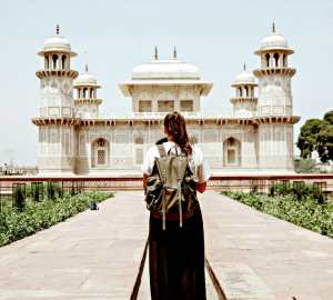 Tips to Stay Safe as a Solo Female Traveler Travels with Bibi
