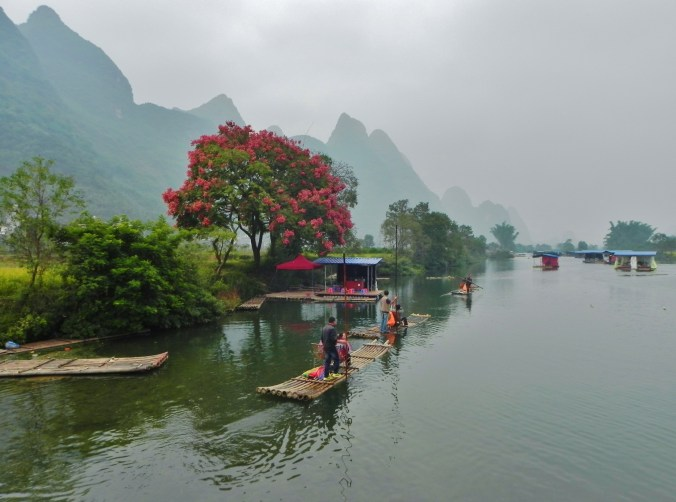 Guilin, Li River, Yangshou, Lulong River, village
