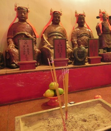 China, Hong Kong, Man Mo Temple, statues, saints