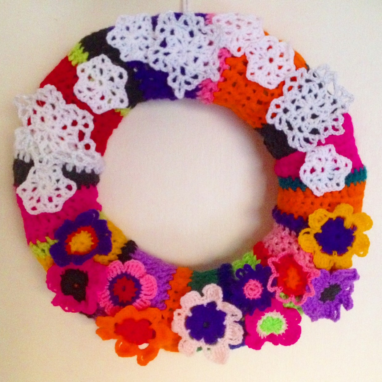 My tropical crochet Christmas wreath made from single use plastic bottles