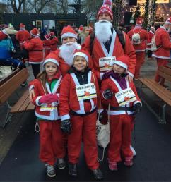 Alil Mark, Lottie, Leon and Frida getting ready for the 2018 Stockholm Santa Run
