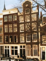 Distinctive 17th Century Canal Townhouses, Amsterdam