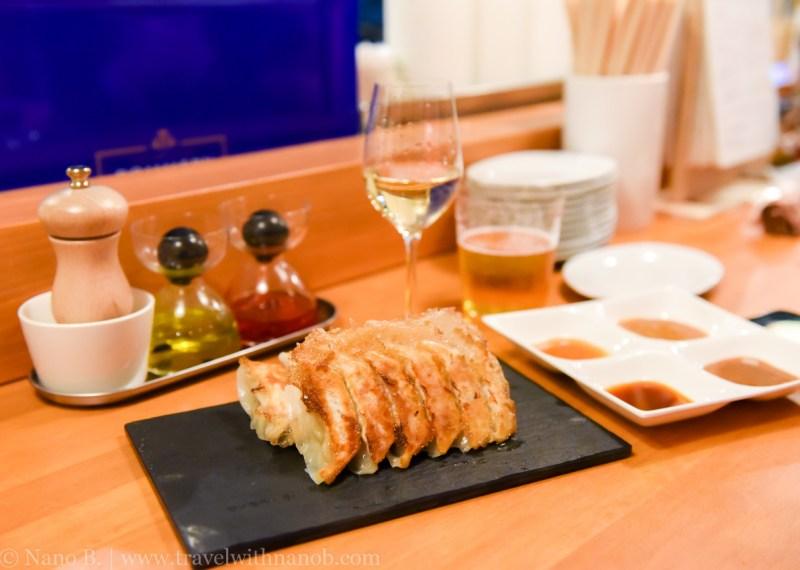 champaign-and-gyoza-bar-tokyo-11