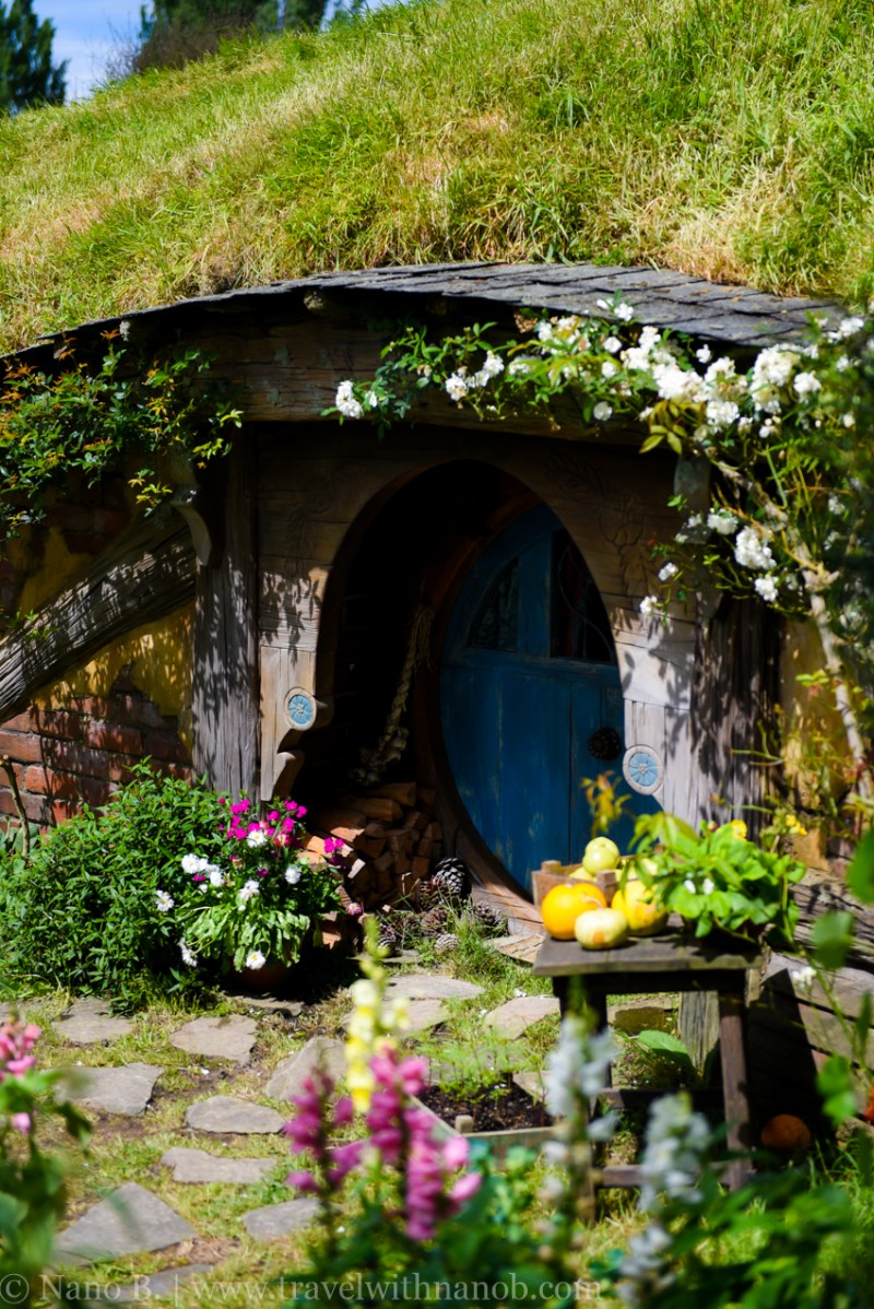 hobbiton-tour-auckland-new-zealand-8