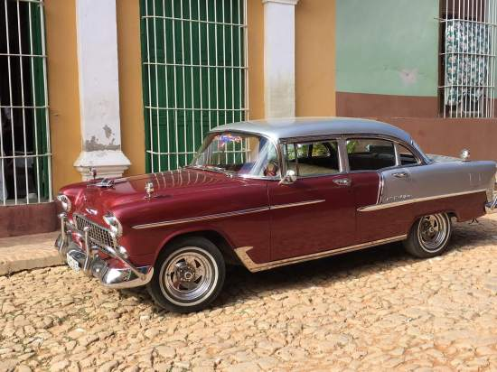 Classic American cars in Trinidad, Cuba