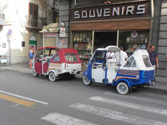 European travel scam in Palermo