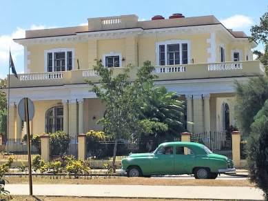 Hidden Havana mansion on 5th Avenue.