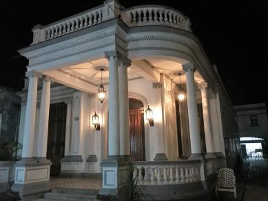 Mansion by night in Hidden Havana
