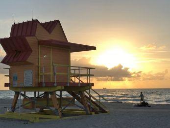 Peaceful sunrise on South Beach