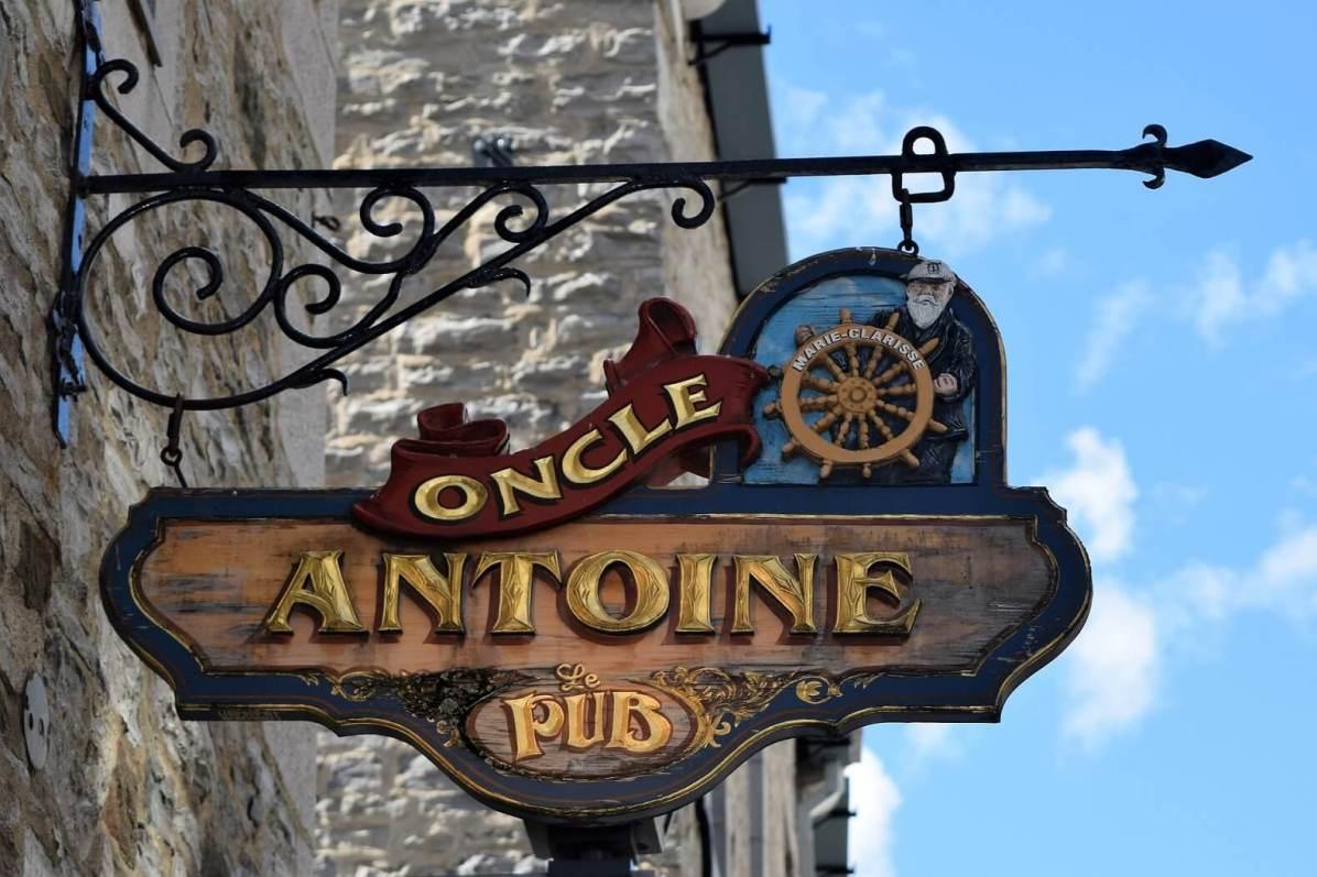 Qld Quebec pub
