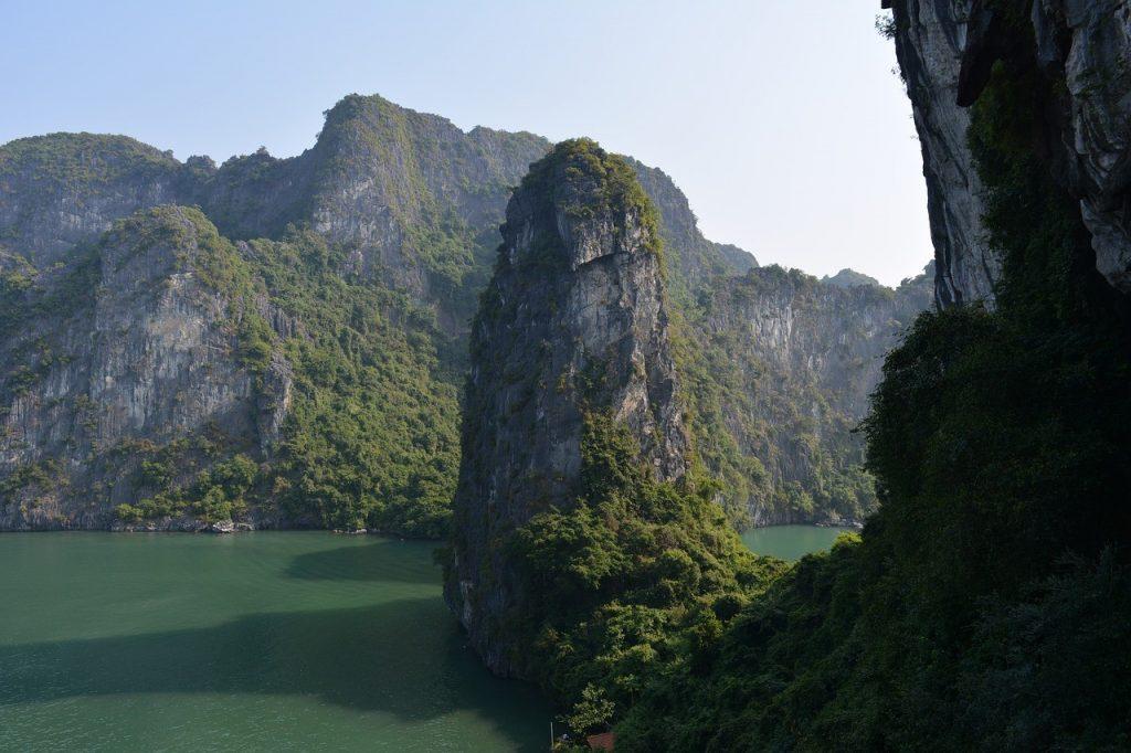 Vietnam cave bucket llist