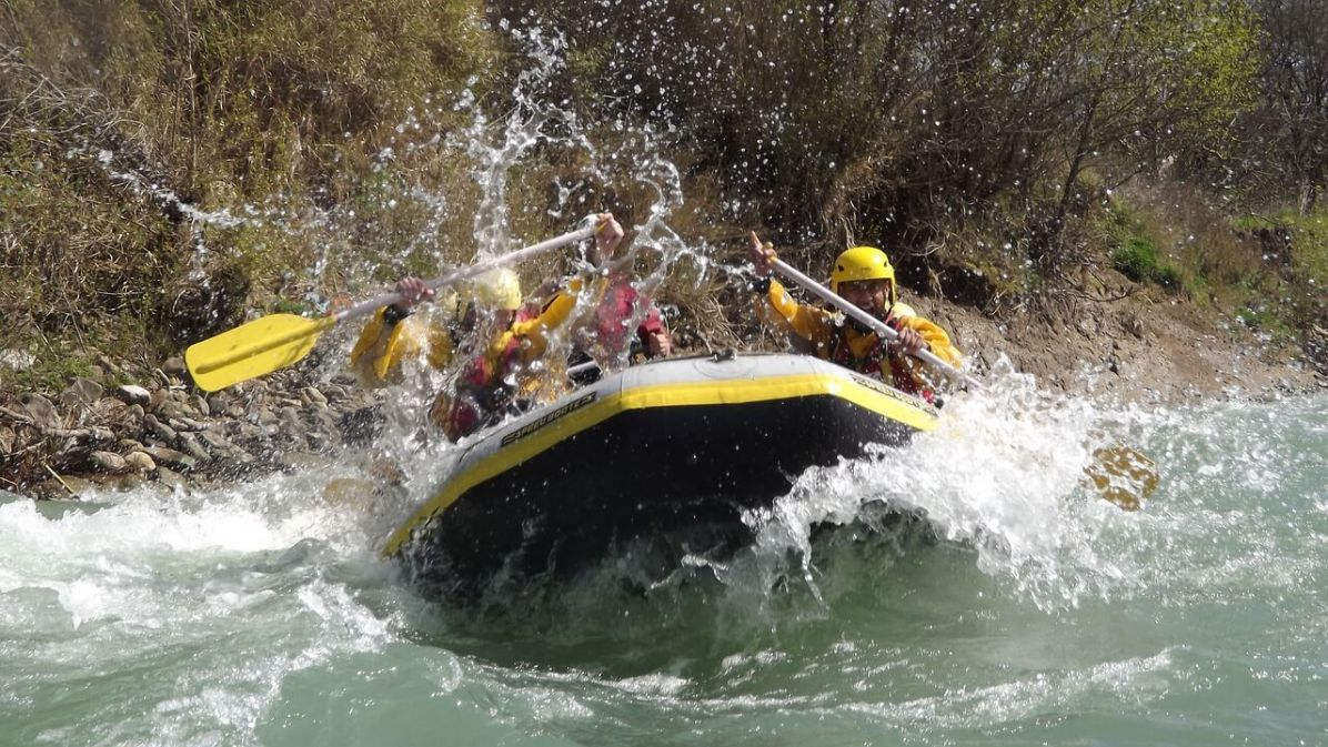 white water rafting on the Zambezi Riverrip