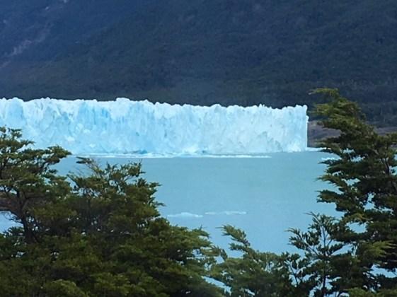 Perito Moreno distant