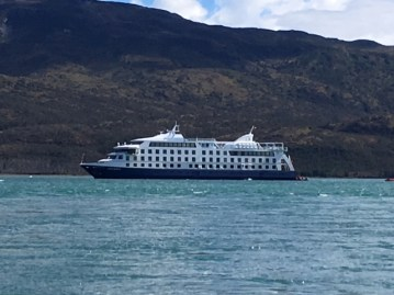 Ship to cruise Cape Horn and the Straits of Magellan