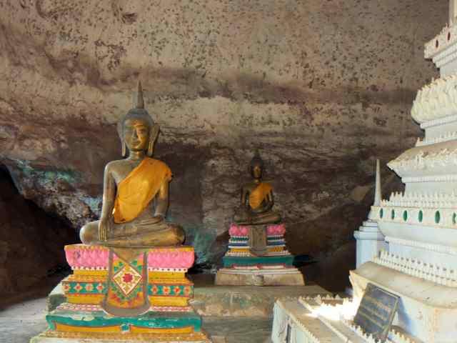 pn 14 buddha cave figures