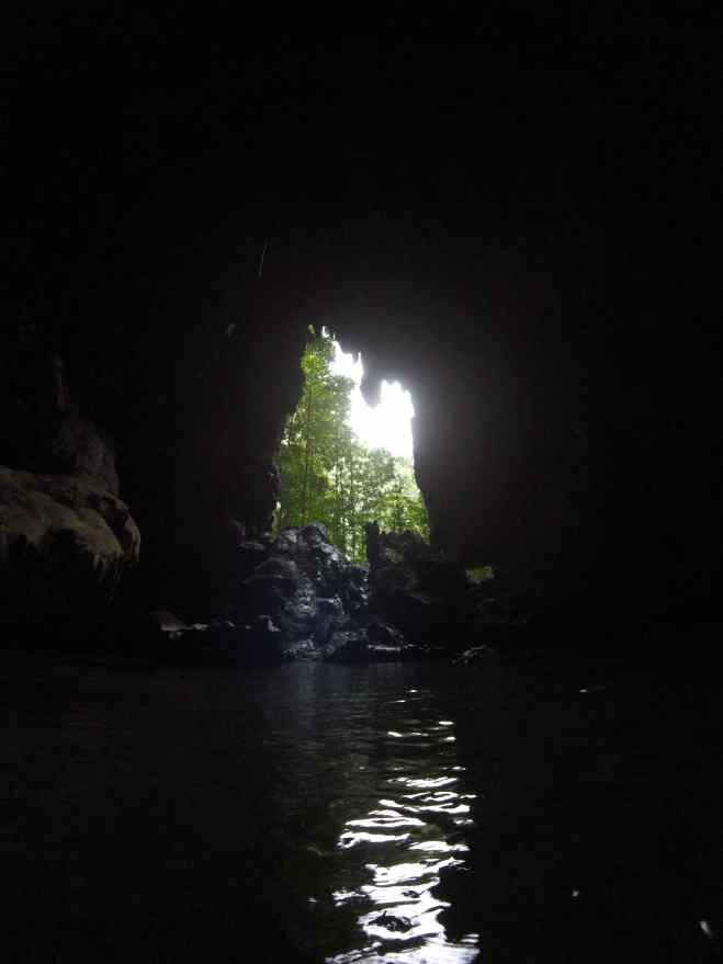 misool, raja ampat, tomolol, cave