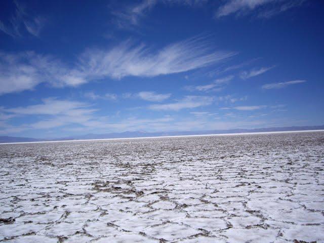 Cracking of the salt flats