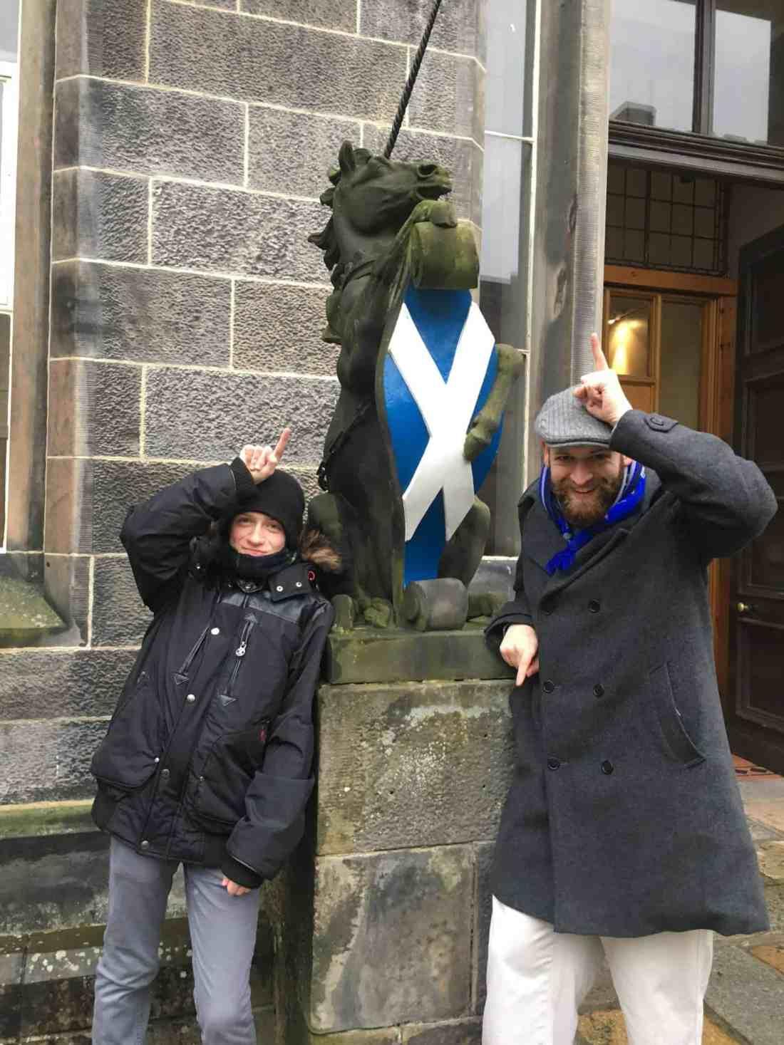 Scotland unicorn statue