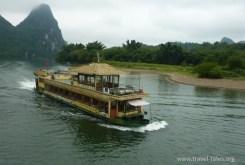 boats cropped Guilin 131 Li river cruise 100