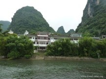 riverbank Guilin 135 Li river cruise 104