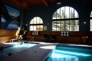 Chateau Lake Louise Hot tub